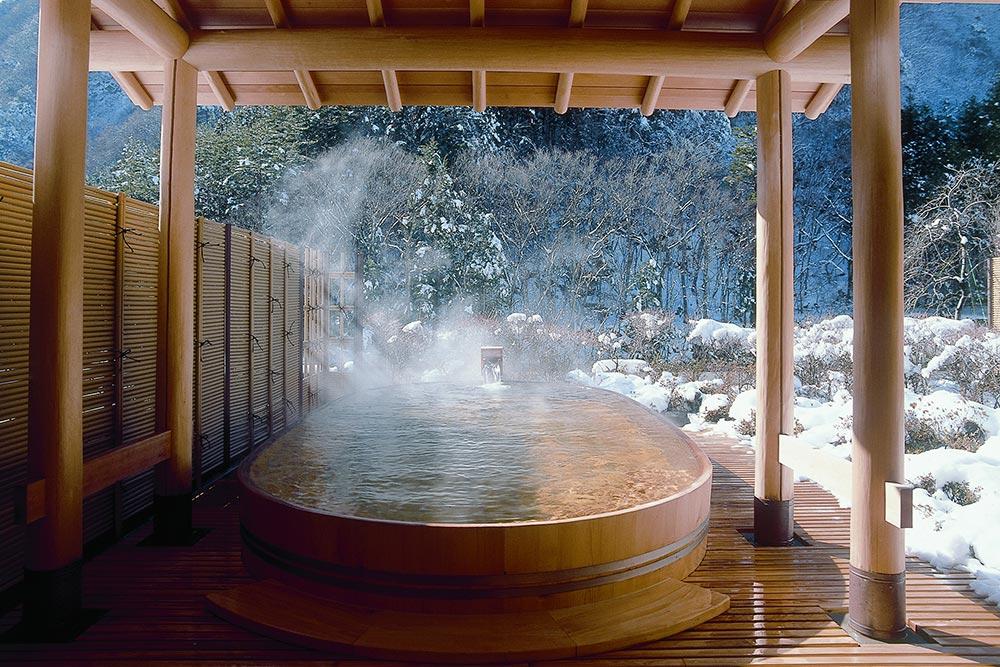 冬の望渓の湯